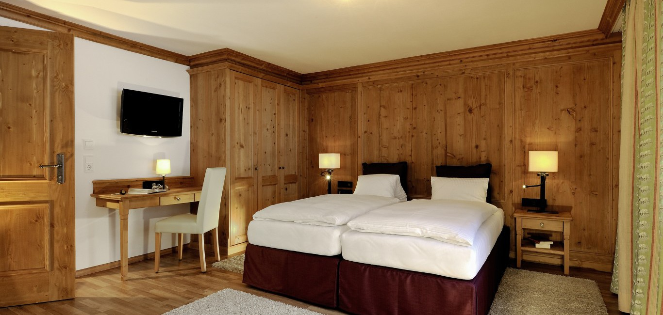 wohnen mit stil hotel albona deutsch fert. Black Bedroom Furniture Sets. Home Design Ideas